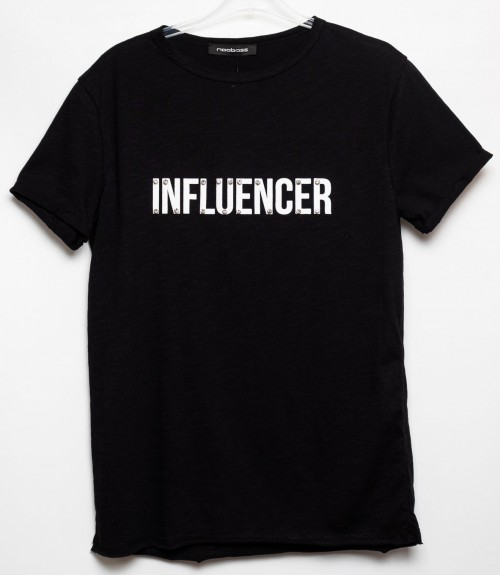 T-Shirt Influencer με Στράς